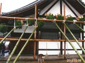 東大寺二月堂(修二会)お水取りの松明の準備